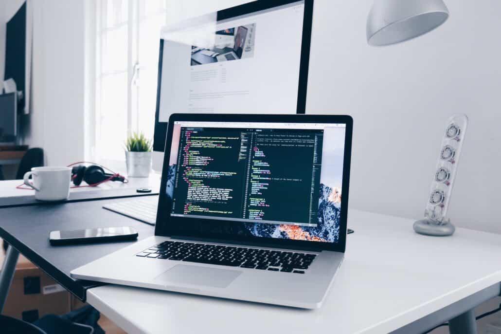 laptop-computer-coding